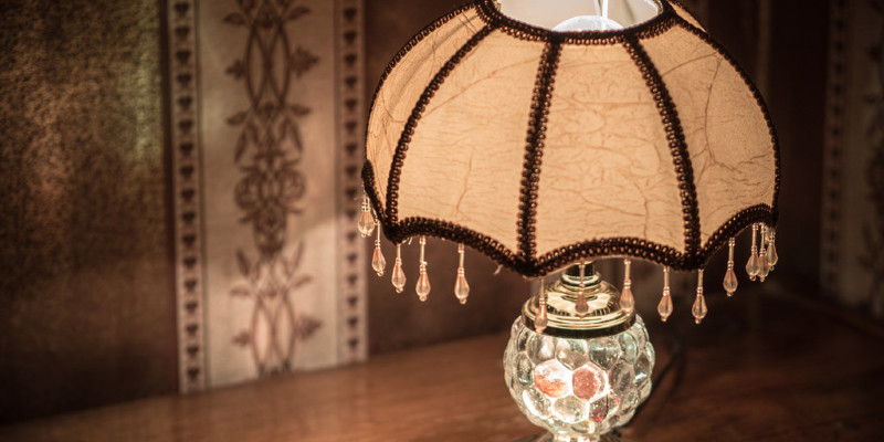Fast Update: Give Your Lampshades an Edge